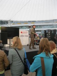 Lesung auf der Open Stage der Frankfurter Buchmesse 2013.